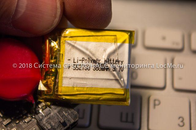 В Sat-Lite 4 используется Li-Pol аккумулятор емкостью 380 мА/ч